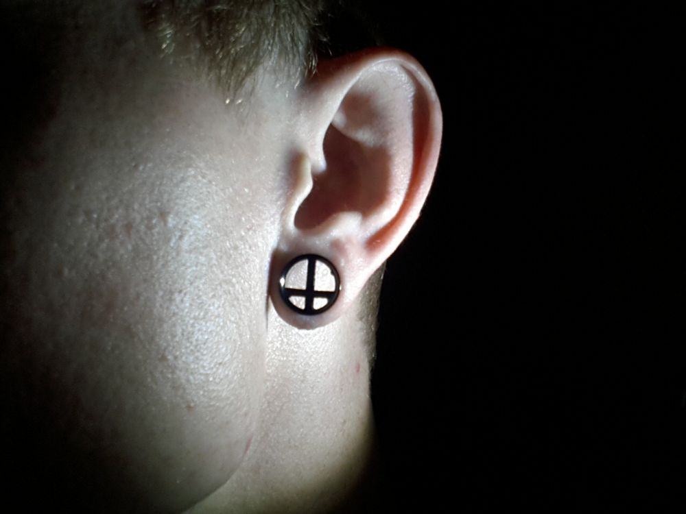 "1/2""   Black-Coat Cross Eyelet -- Photo # 85356"