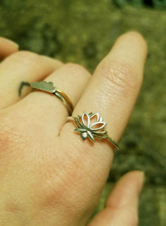 Size 7  Ring Silver Lotus Ring -- Photo # 85551