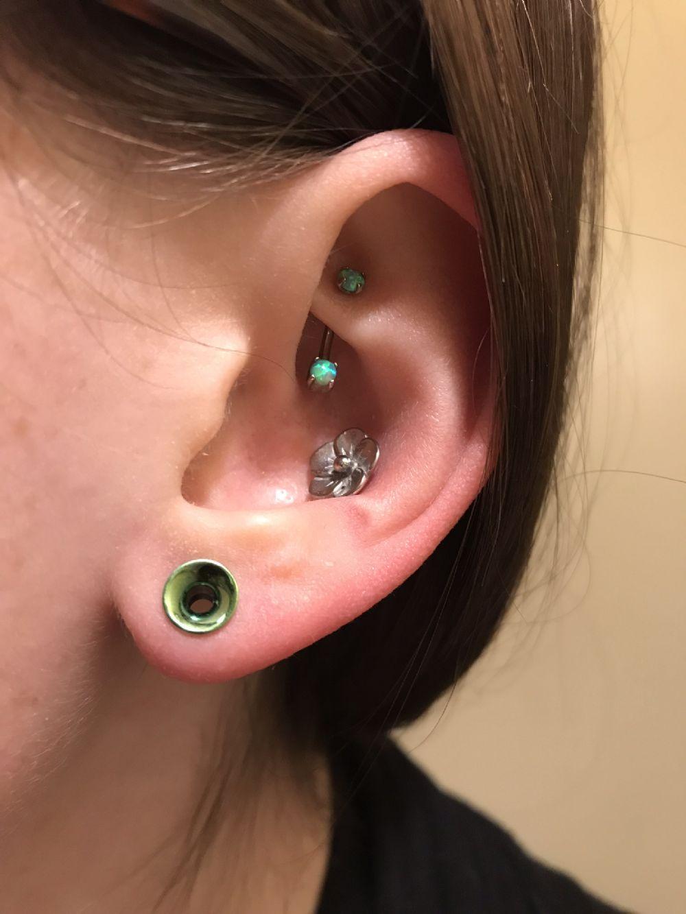 4g   Titanium Plated Internally Threaded Eyelet (Green) -- Photo # 83495