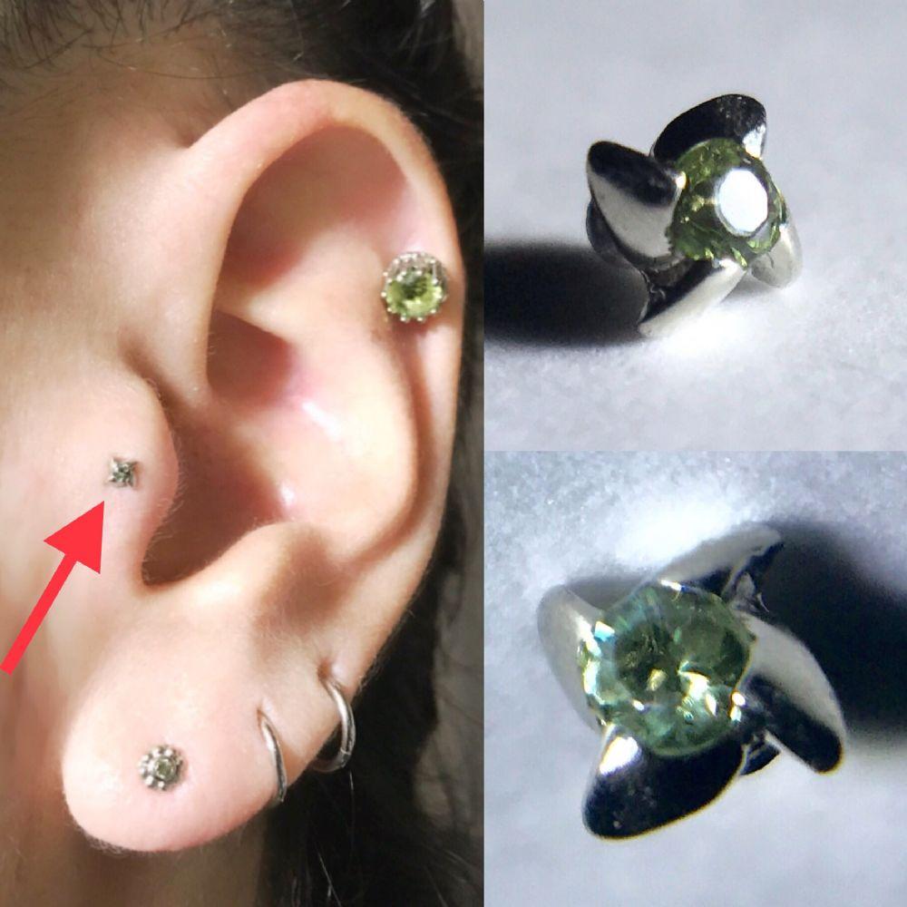 14g/12g  White Gold -  1.5mm gem - Threaded PRE-ORDER 18k Gold New Pinwheel End -- Photo # 83480