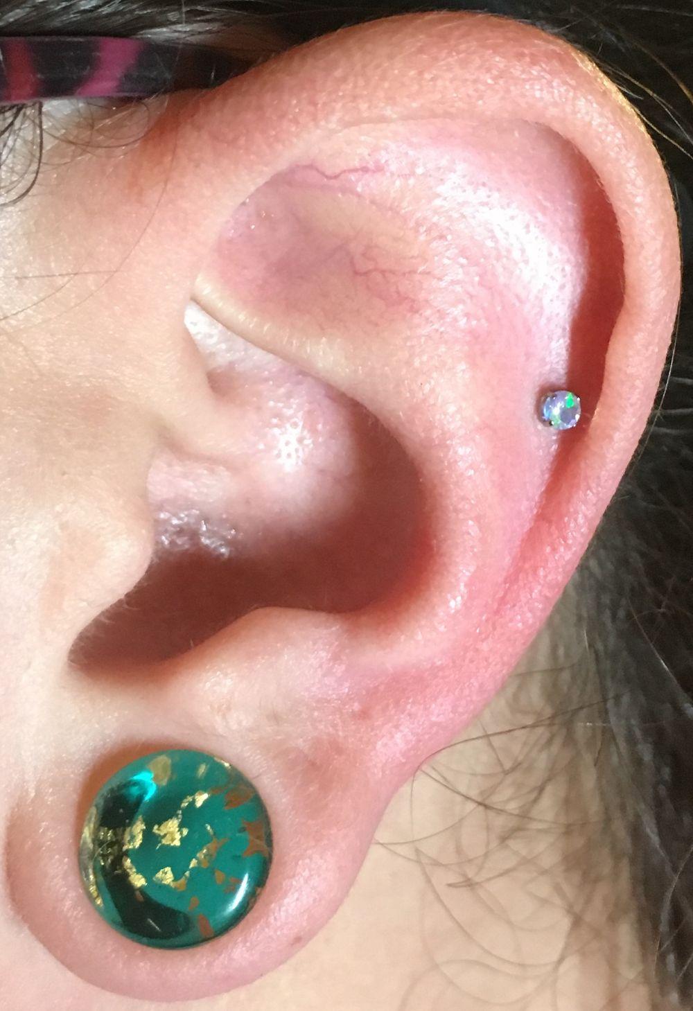 18g  2.5mm - Water Opal Threadless Prong Set Faceted Opal End -- Photo # 79499