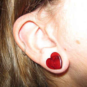 Heart shaped front glass plugs 00g/9mm  Red (pair)