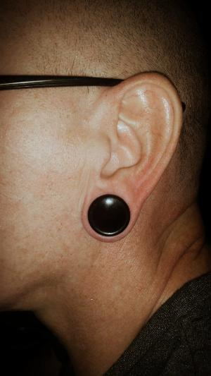 "3/4""  Black onyx (pair) -- Photo # 77290"