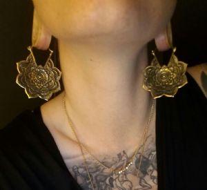 18g Brass flower mandala hoop earrings