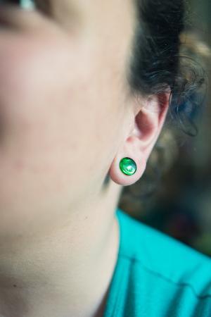 0g  Translucent green (pair) -- Photo # 76842