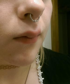 14g 10mm Steel- 3mm captive bead -- Photo # 75567