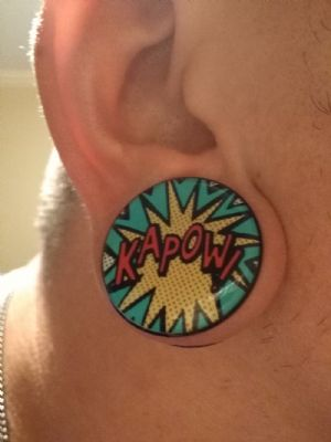 """1""""  Kapow (pair) Acrylic Comic Onomatopoeia Plugs -- Photo # 80992"""