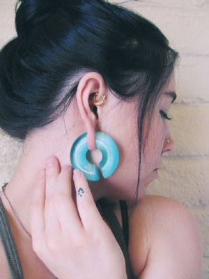 "5/8"" Aqua Cat Eye Hoops"