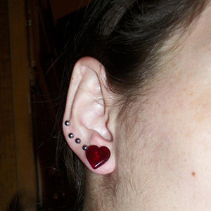 Heart shaped front glass plugs 0g  Red (pair)