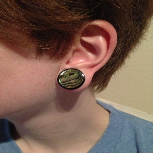 3 4 Plugs >> Black Horn Plug With Abalone Shell Inlay