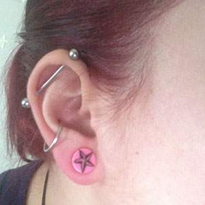 00g  Pink with black star -- Photo # 59103