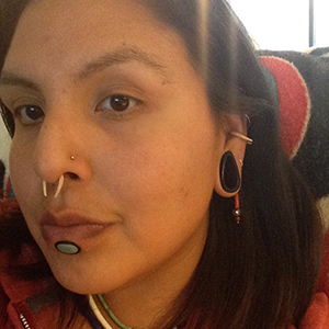 "1""  Horn teardrop eyelets(pair)(bad match/damaged wearable) -- Photo # 66665"