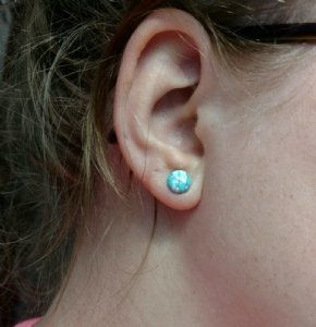 4g  Ocean Wave Synthetic Turquoise (pair) -- Photo # 75075