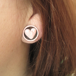 "1/2""  Black with pink heart -- Photo # 64986"