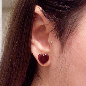 0g  Red (pair) -- Photo # 23317
