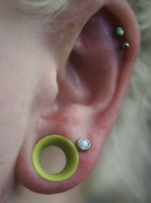 "00g/9.5mm  Tropical green (5/16"" wearable) -- Photo # 79707"