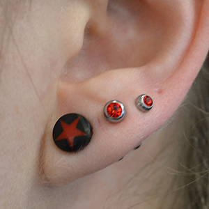 0g  Diablo horn plugs with red star inlay (pair) -- Photo # 26889